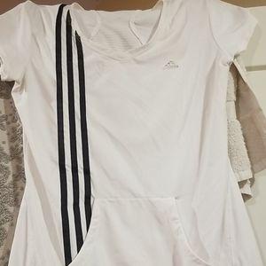 Whit Adidas t shirt
